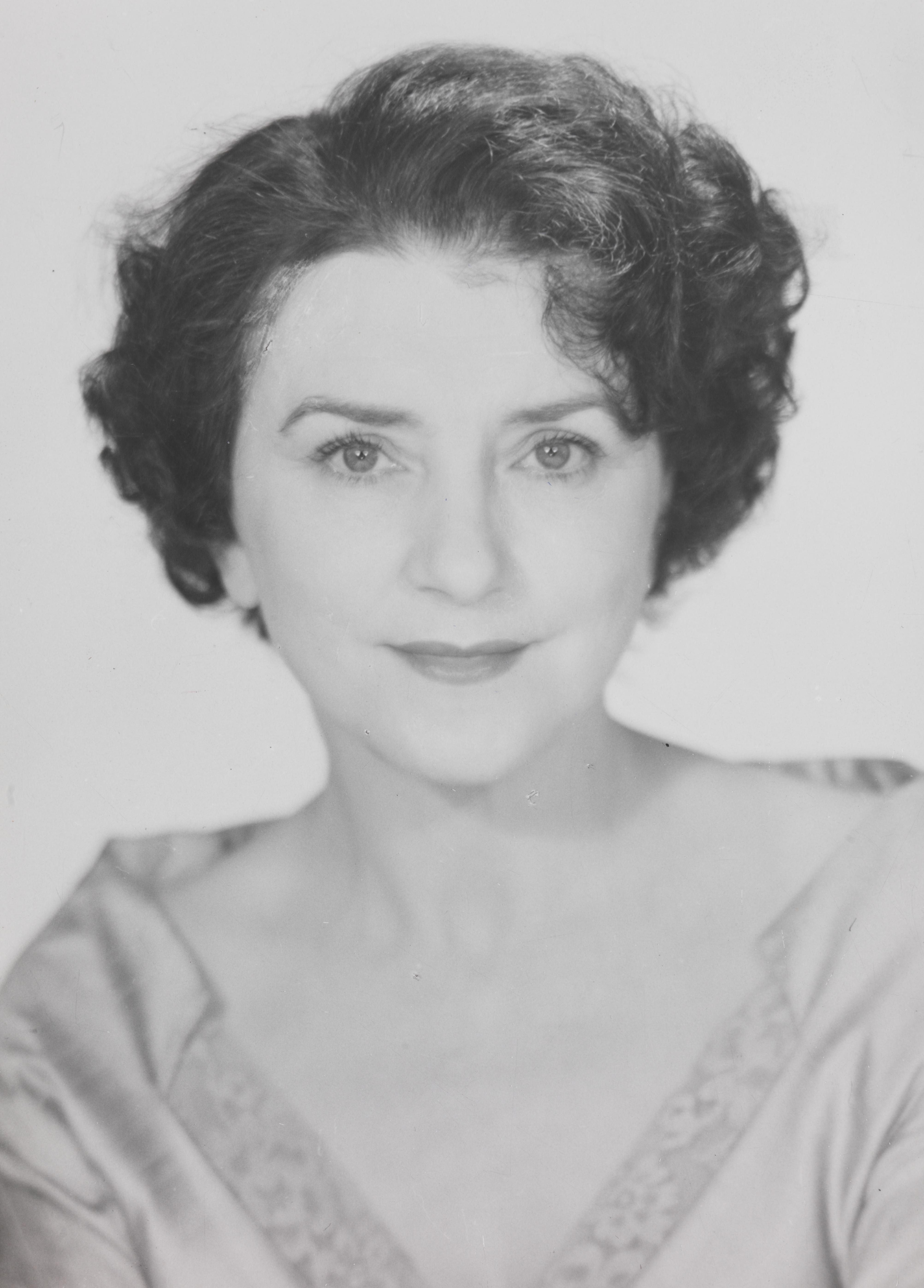 Lillebil Ibsen wikipedia