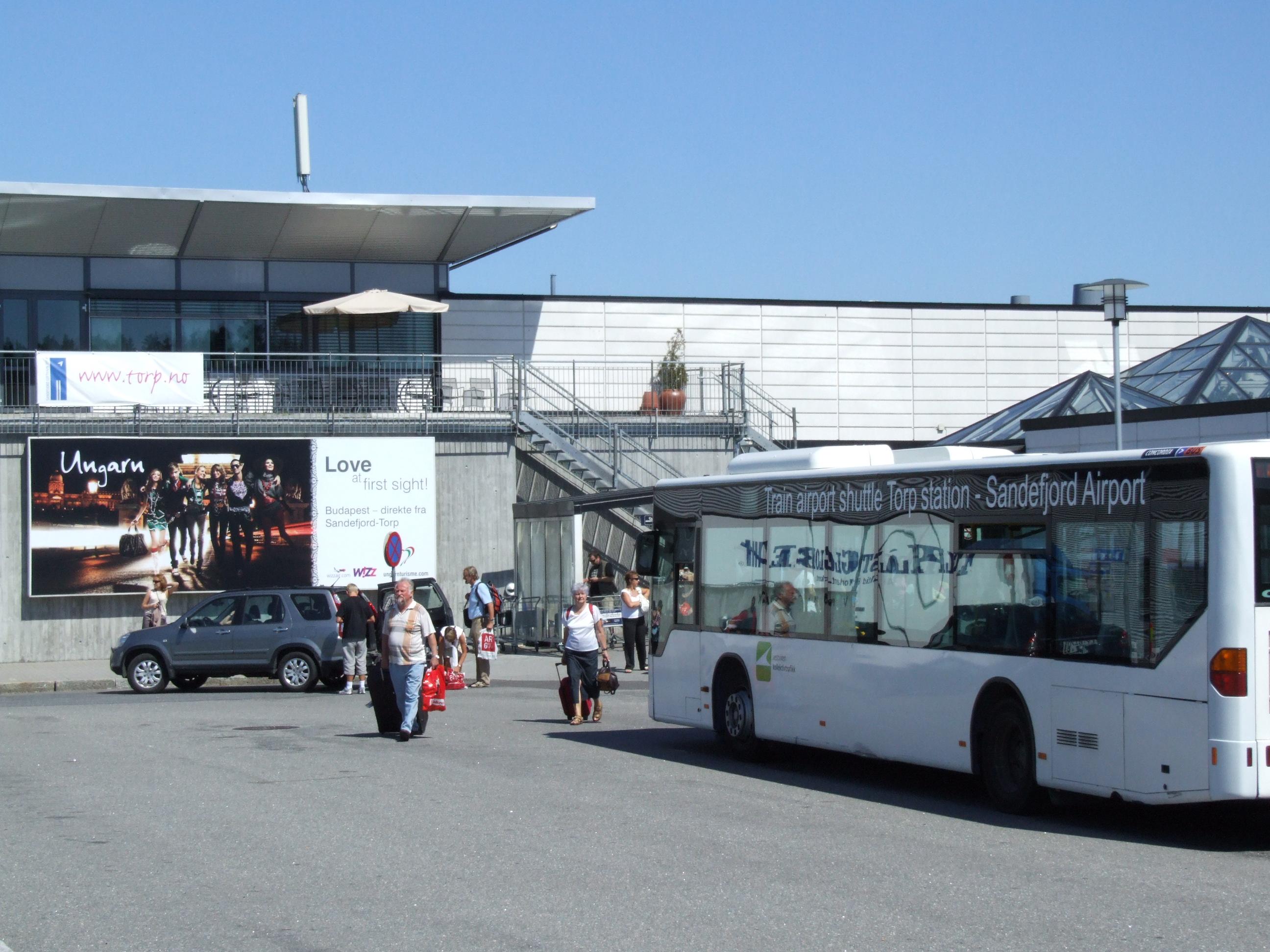 Sandefjord Lufthavn, Torp