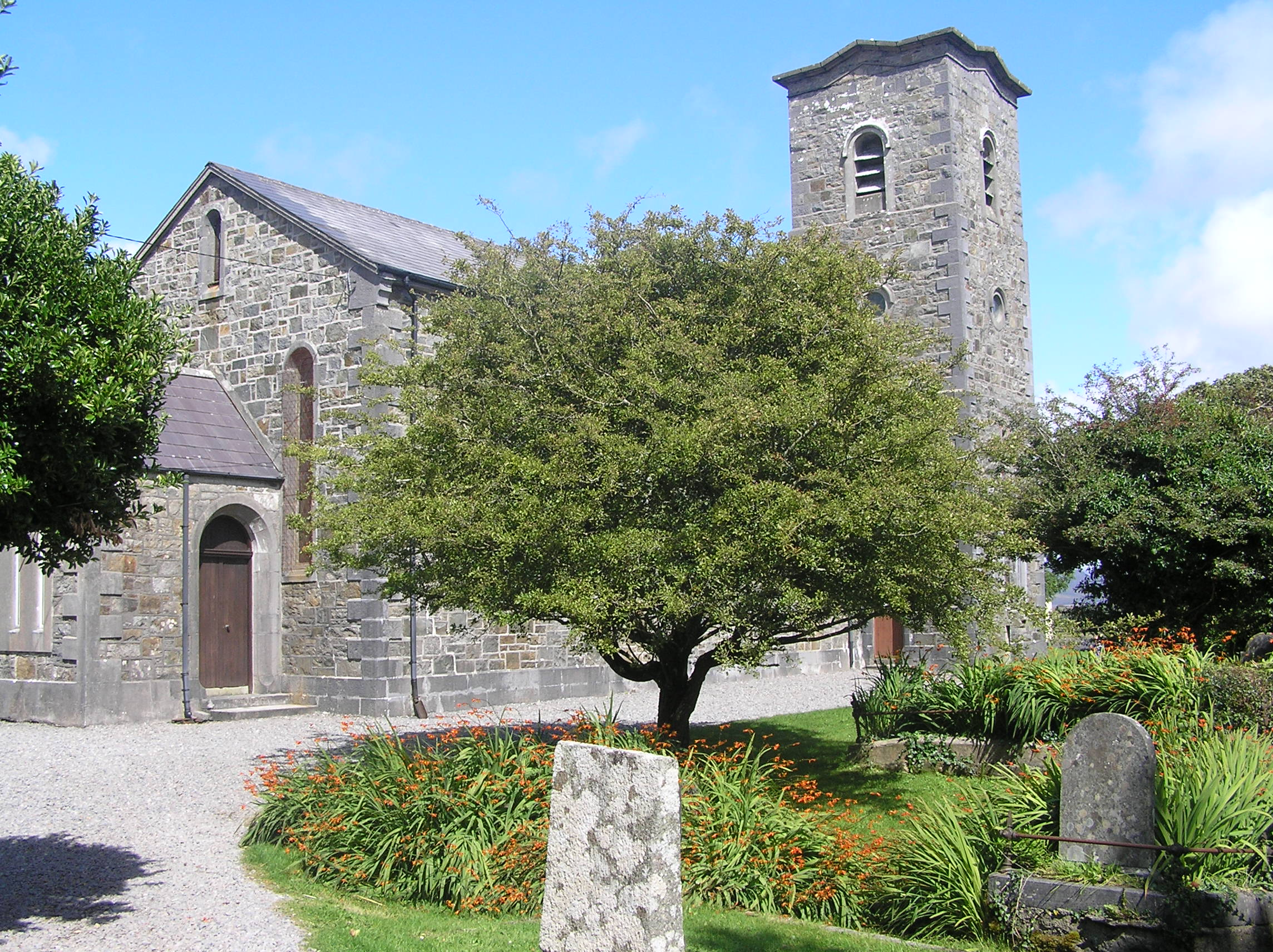 File:St Marys Church of Ireland Roundstone Co Galway 2009.jpg ...