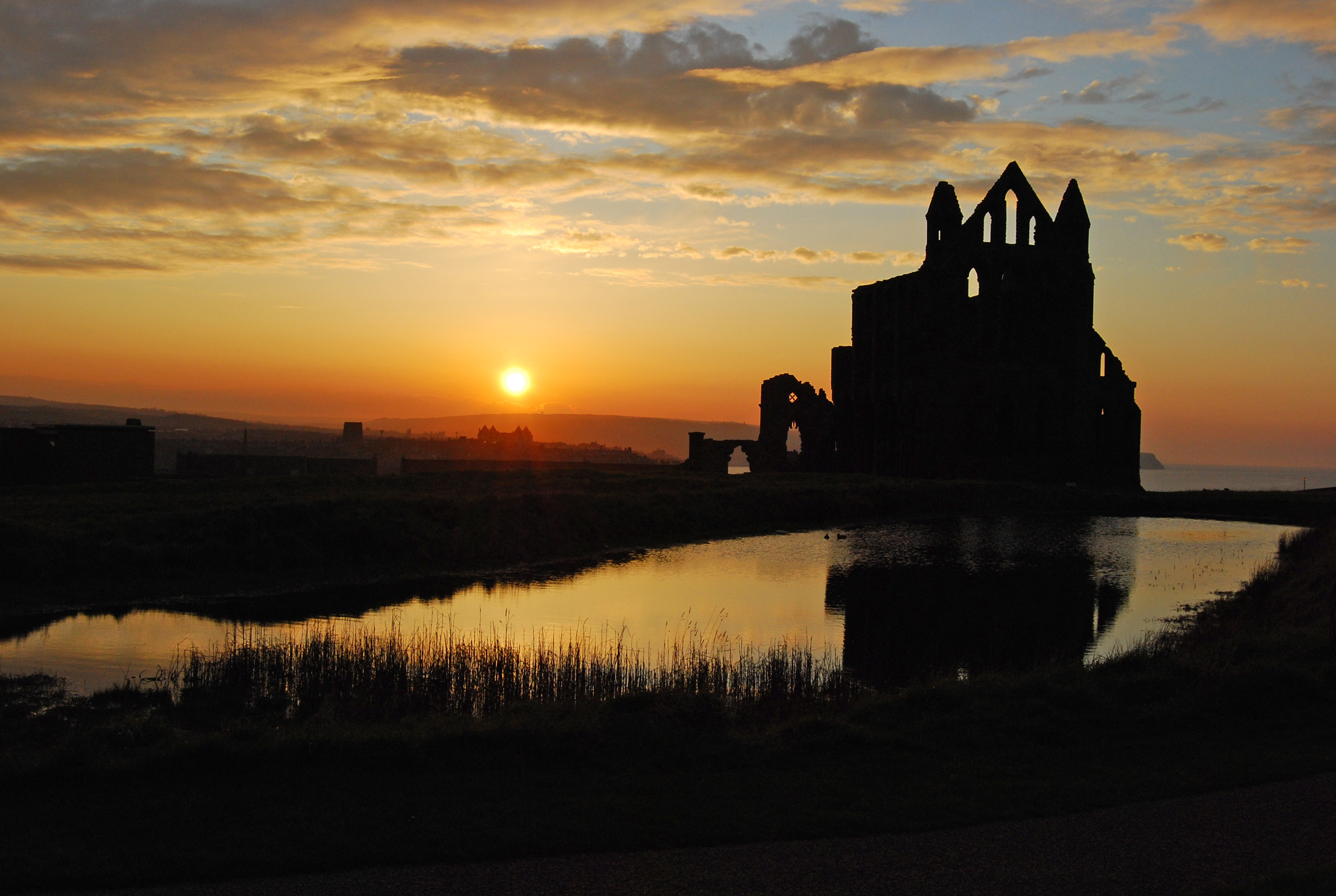 Whitby Abbey at sunset. North Yorkshire, England ...