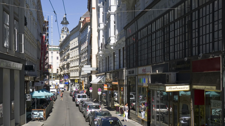 Wien 01 Spiegelgasse a.jpg