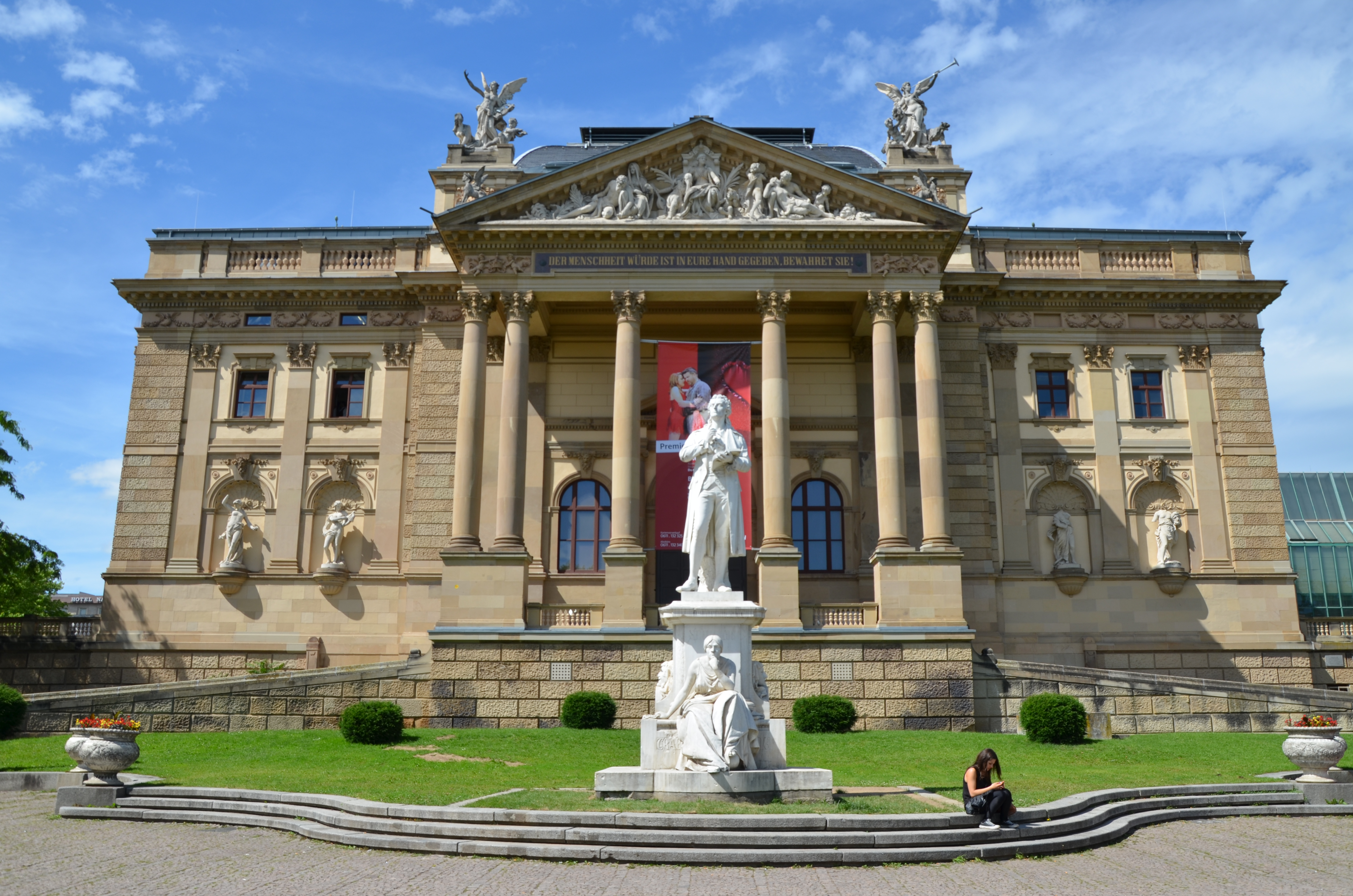 File:Wiesbaden, Neoclassical architecture (9066817725).jpg ...