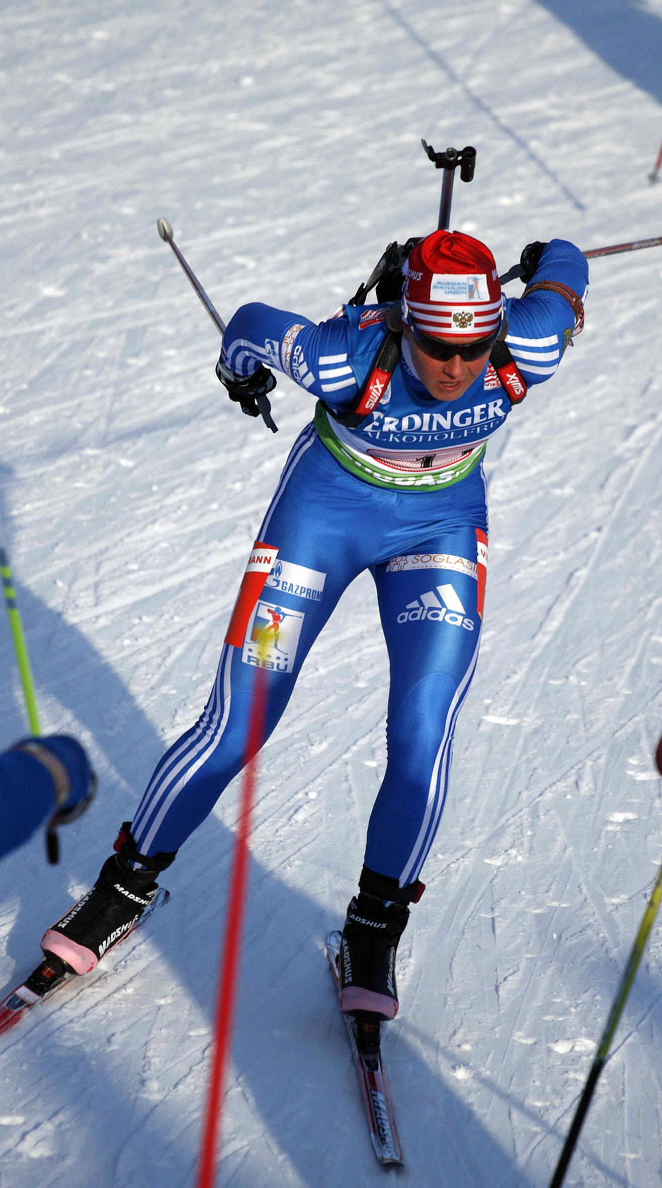 Russian biathlete Yana Romanova: biography and sports career 7