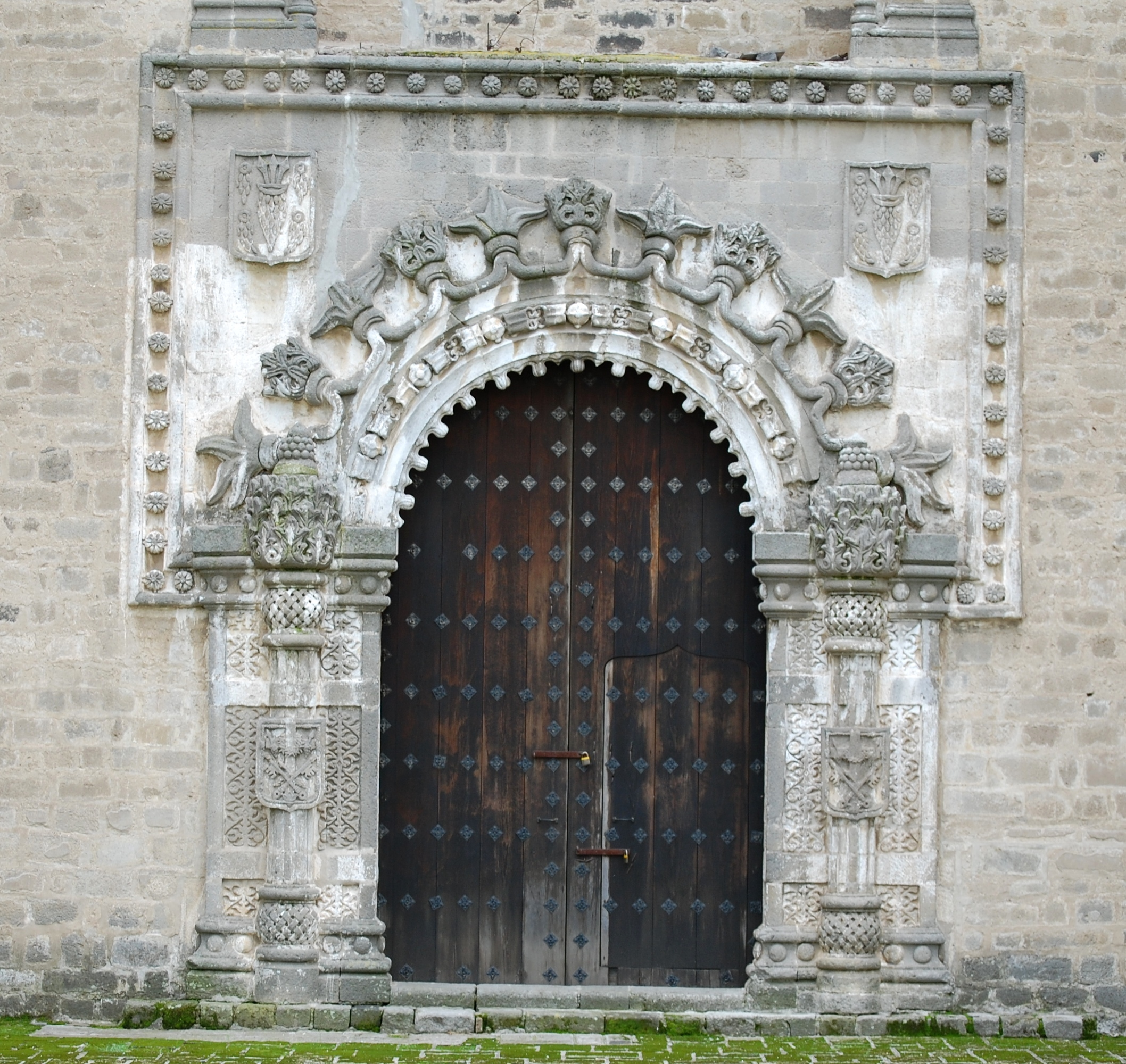 File 002 Convento De Huejotzingo Puerta De La Porci Ncula