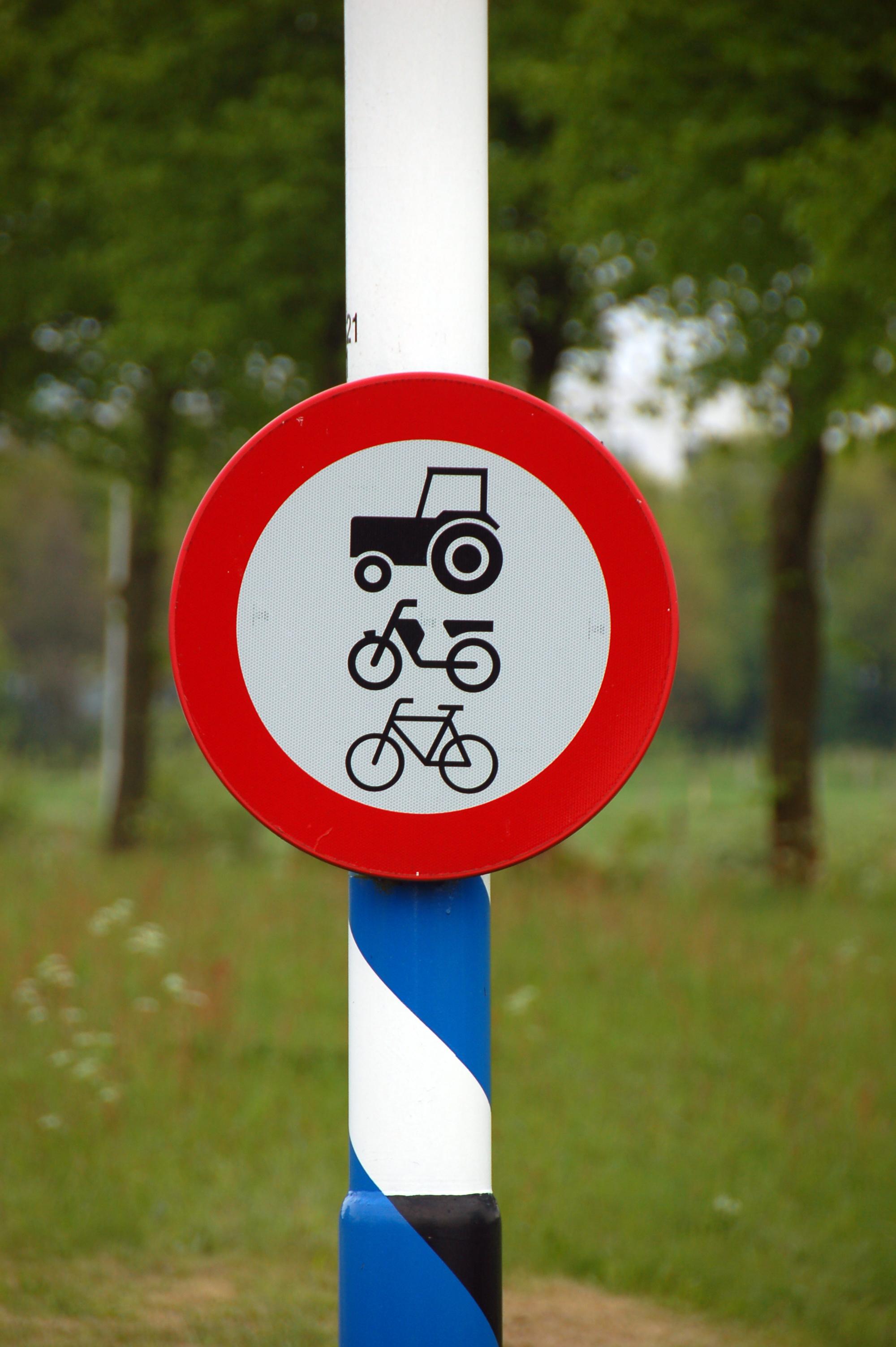 Datei:2010-05-breda-fahrradschilder-by-RalfR-02.jpg