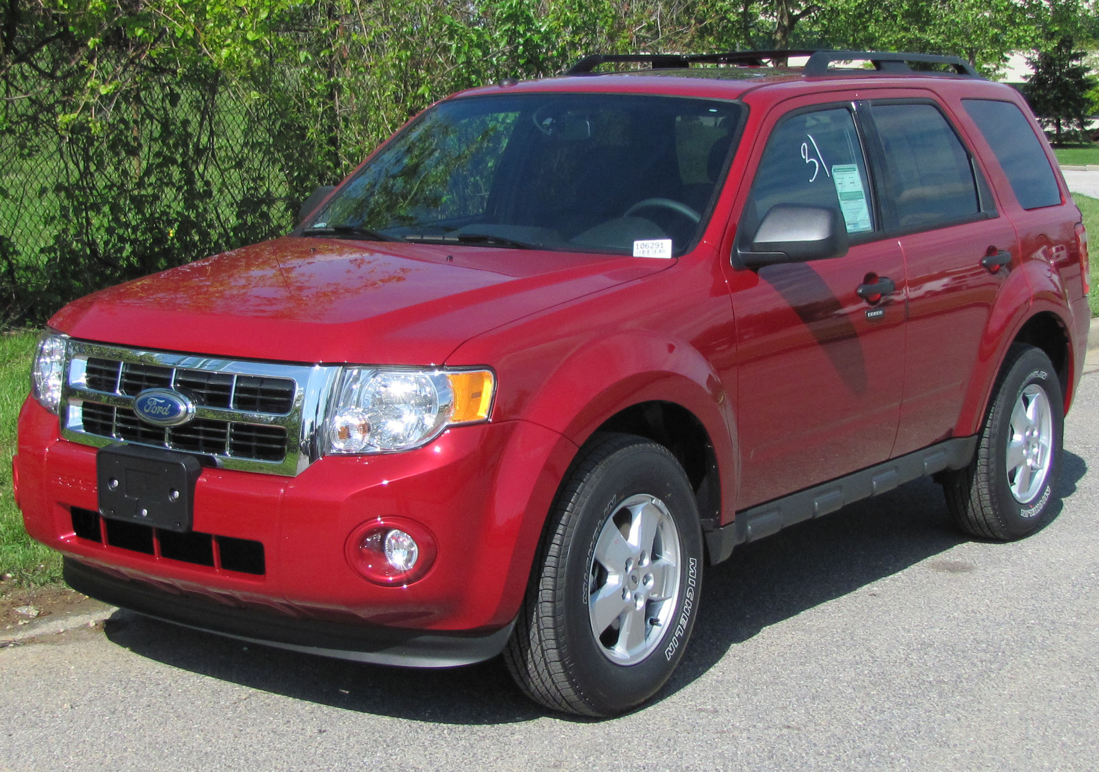 what is the towing capacity of a 2010 ford escape autos post. Black Bedroom Furniture Sets. Home Design Ideas