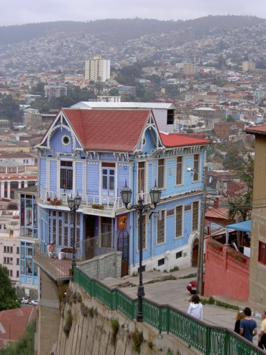 View of the restaurant Las Brujas in Valparaíso