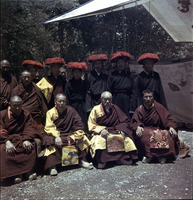 File:Abbots of Tashilhunpo.jpg