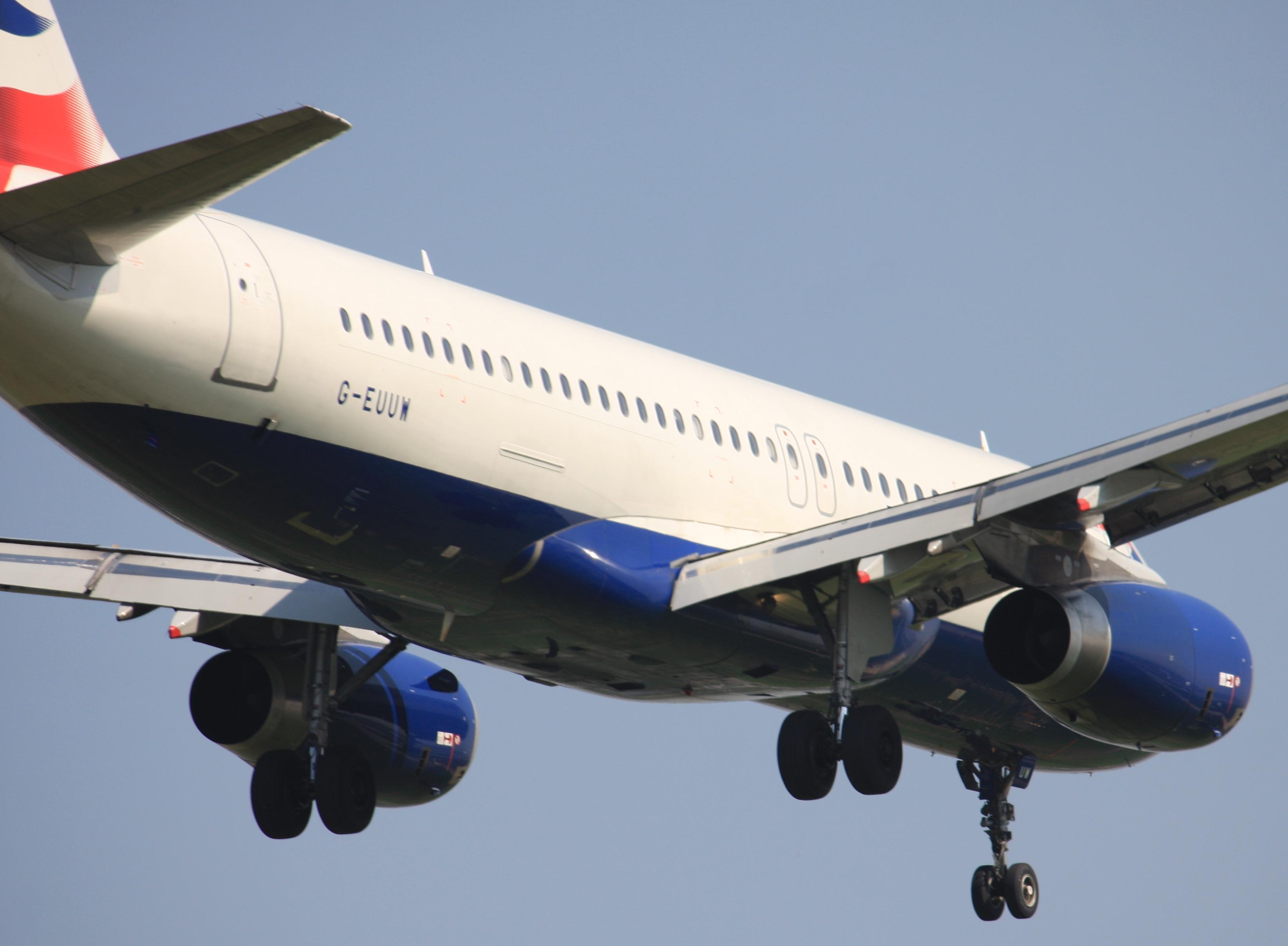File:Airbus A320-232 G-EUUW (cn 3499) British Airways.