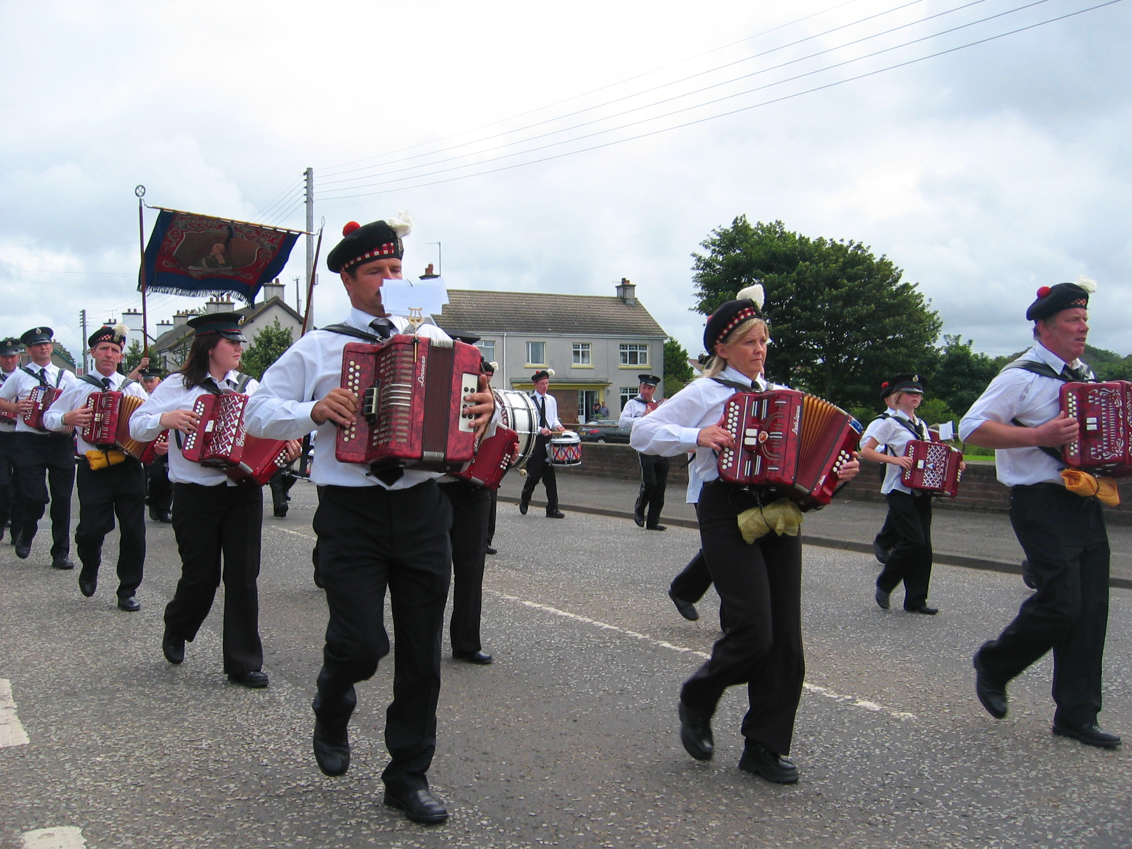 file apprentice boys marching wikimedia commons. Black Bedroom Furniture Sets. Home Design Ideas