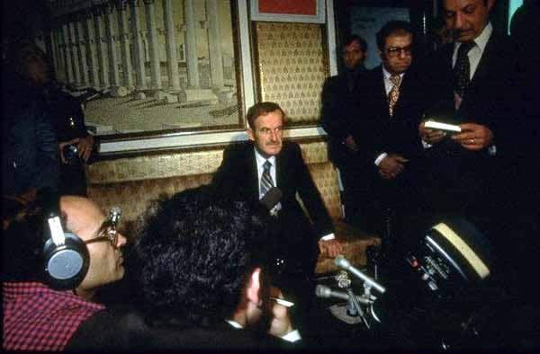 عمليه Mole Cricket 19 او معركة سهل البقاع في 9 يونيو 1982  Assad_in_rage_November_1977