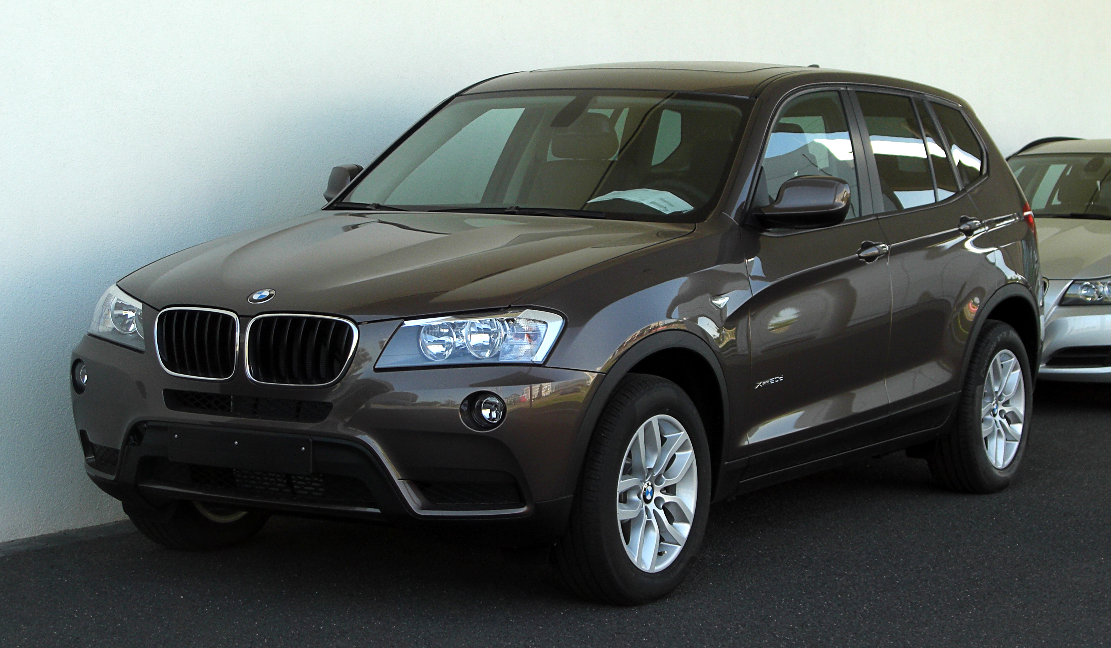 file bmw x3 xdrive20d f25 frontansicht 1 mai 2011 d wikimedia commons. Black Bedroom Furniture Sets. Home Design Ideas