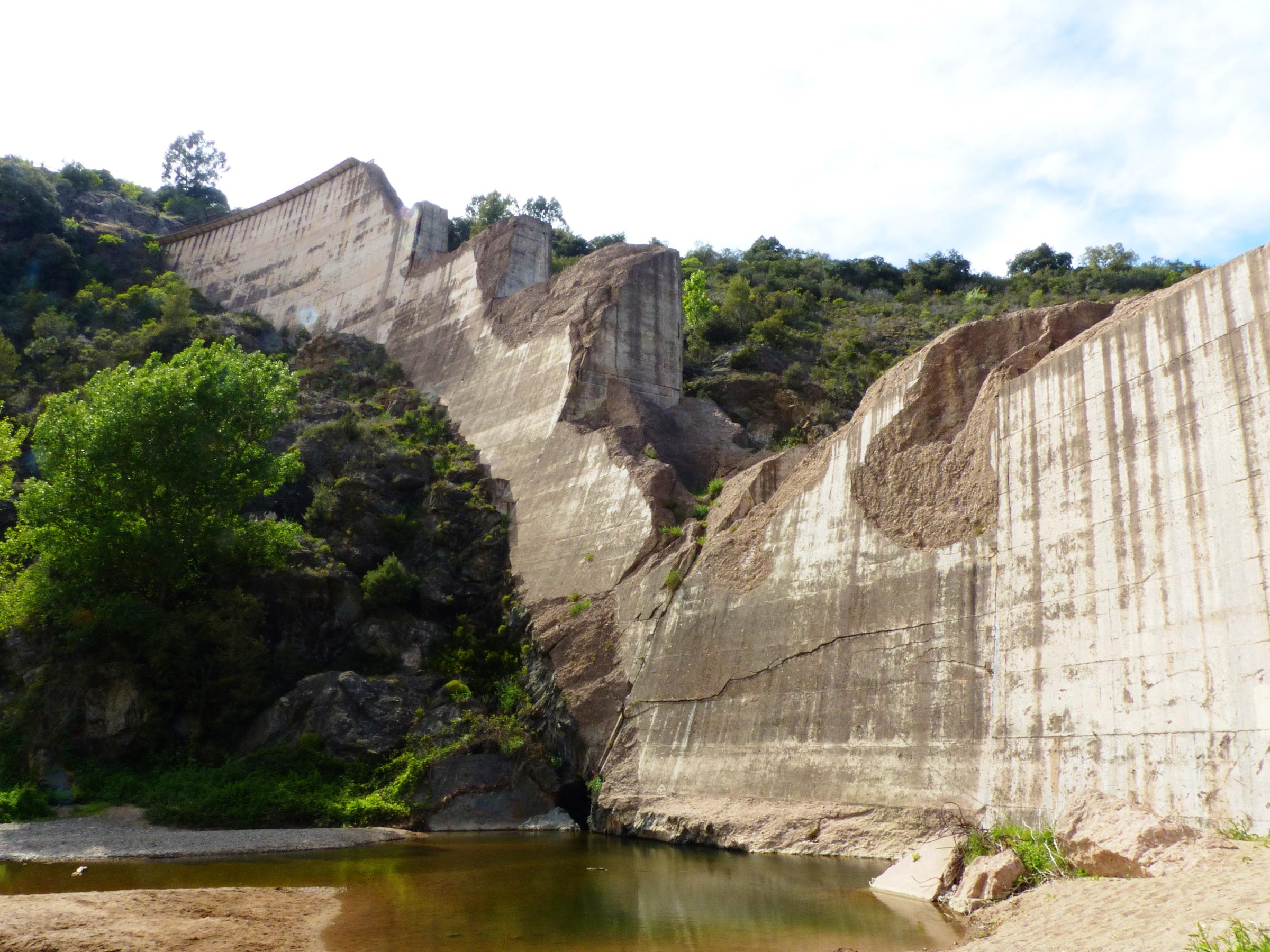 Ruins of Malpasset Dam