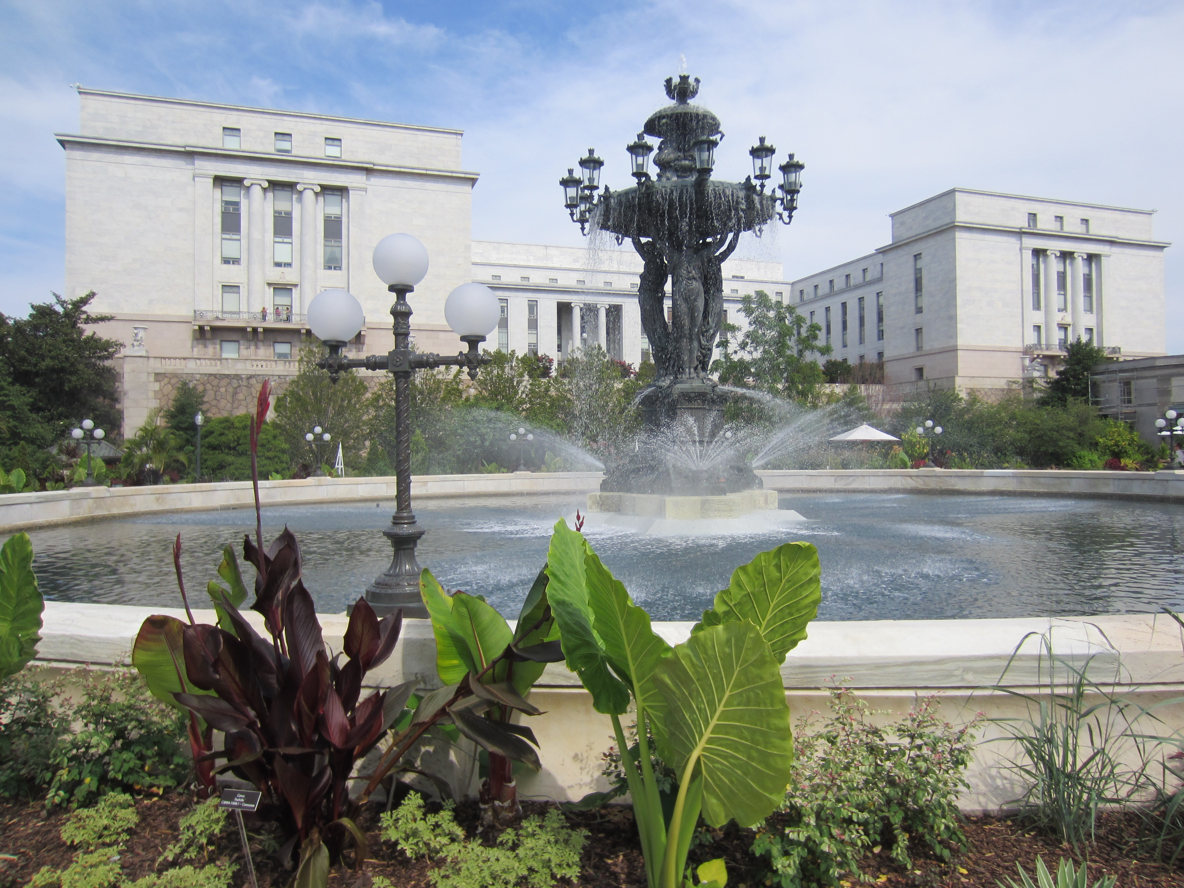 File:Bartholdi Fountain   United States Botanic Garden, Washington, D.C.  2012.JPG