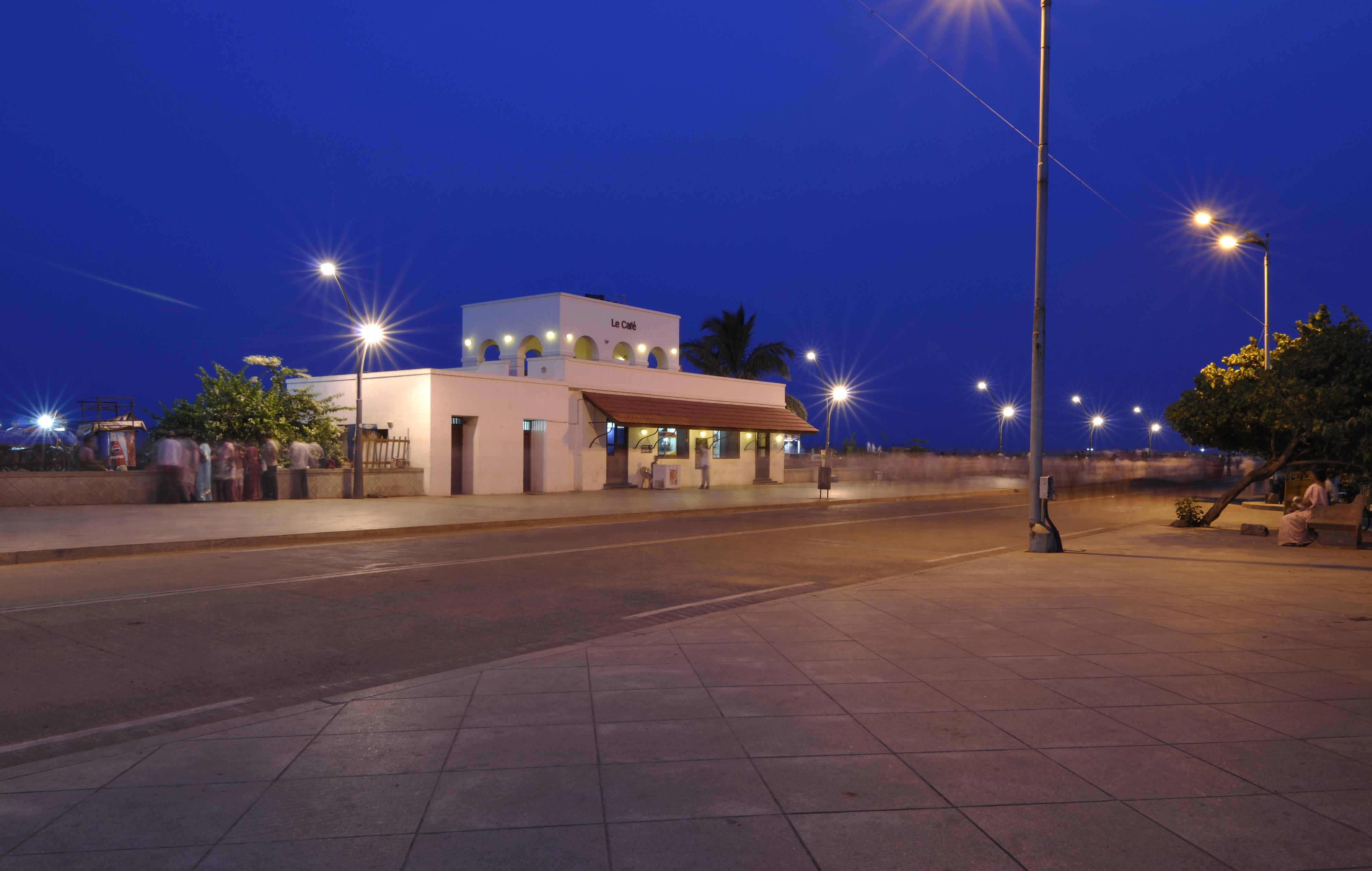 Pondicherry India  city images : Beach Promenade, Pondicherry, India Wikipedia, the free ...