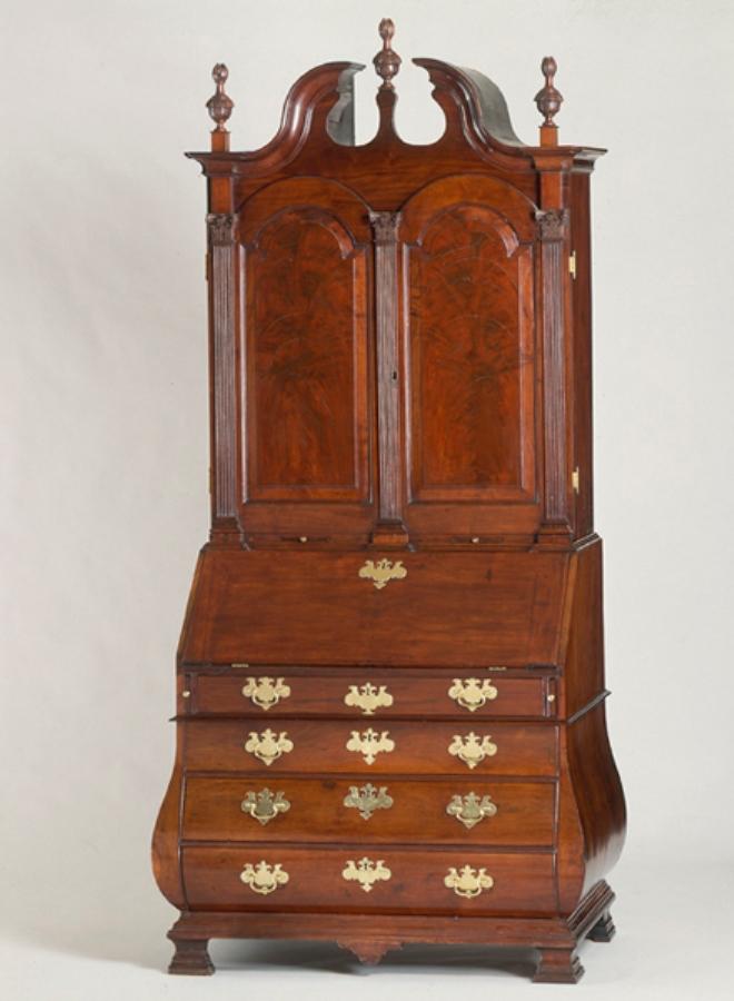 File:Bombe Desk And Bookcase 1753 Benjamin Frothingham Jr