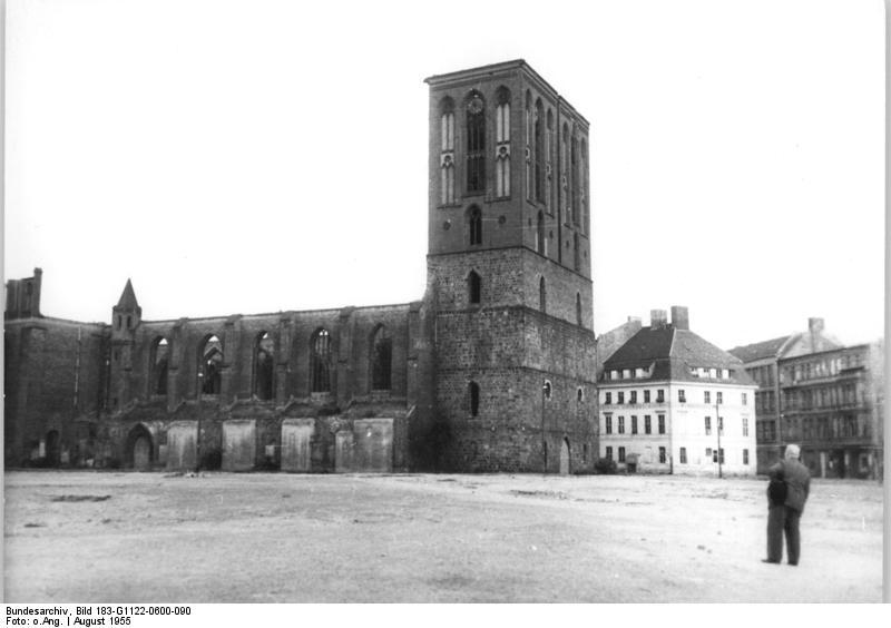 Bundesarchiv Bild 183-G1122-0600-090, Berlin, Nikolaikirche, Ruine
