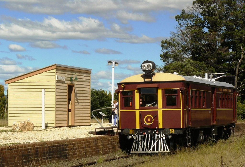 how to get to queanbeyan from cooma