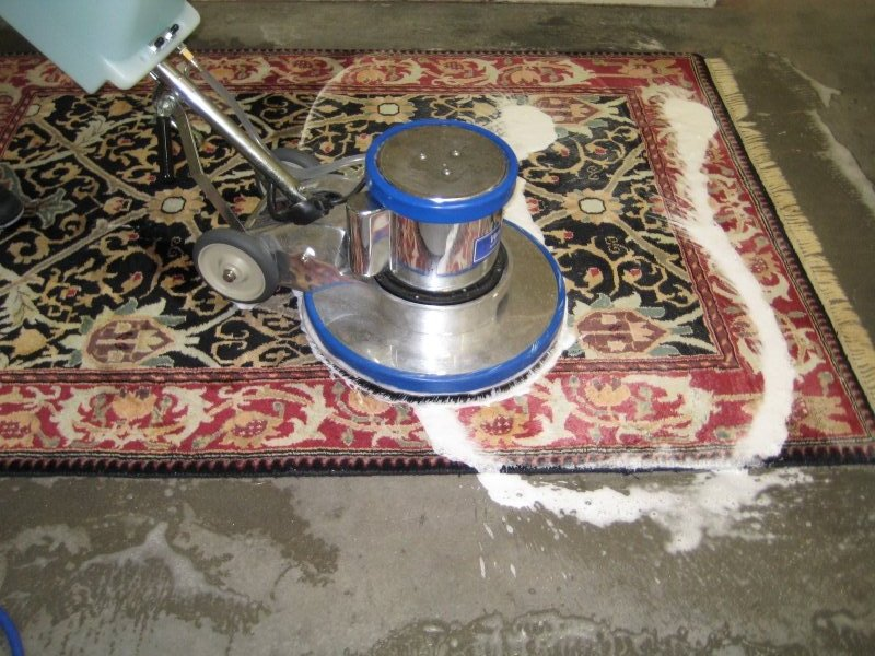 File:Carpet Restoration in Edmond.jpg - Wikimedia Commons