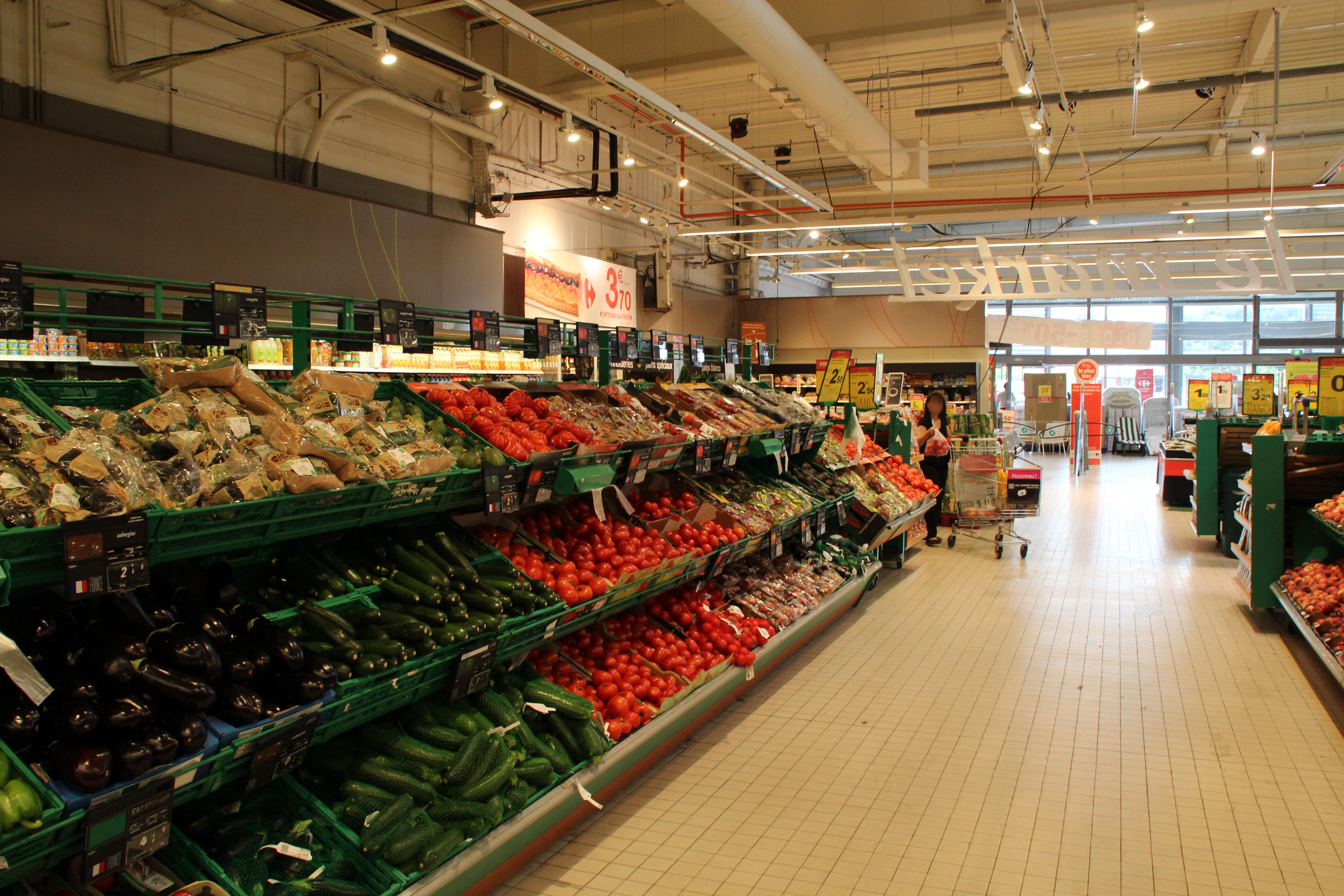 Voisins-le-Bretonneux France  city pictures gallery : Carrefour Market Voisins le Bretonneux 2012 06 Wikimedia ...