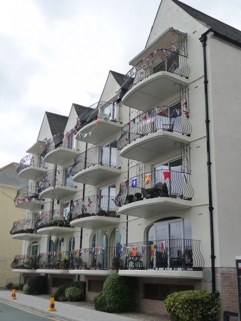 Flats And Rooms To Rent In Blackheath West Midlands