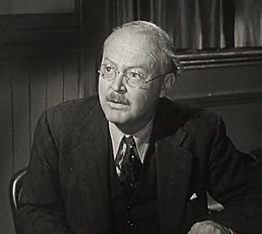 Don Beddoe in ''[[Behind Green Lights]]'' (1946)