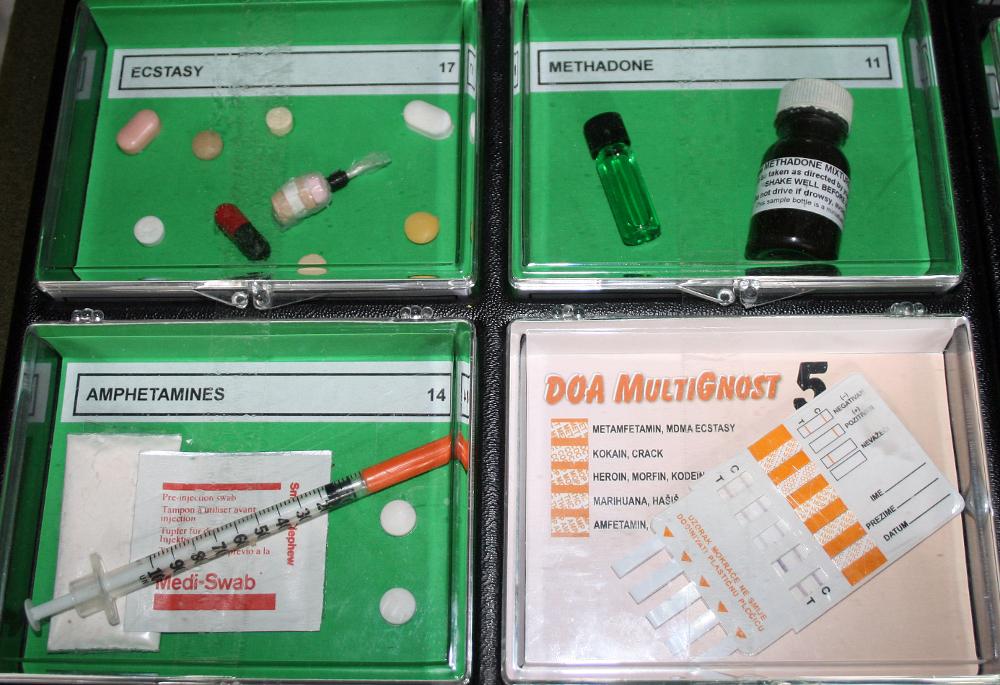 methadone. File:Ecstasy methadone