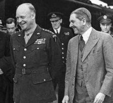 Eden and Eisenhower in 1944. Before either of them became heads of government, they worked together on the Allied military effort.