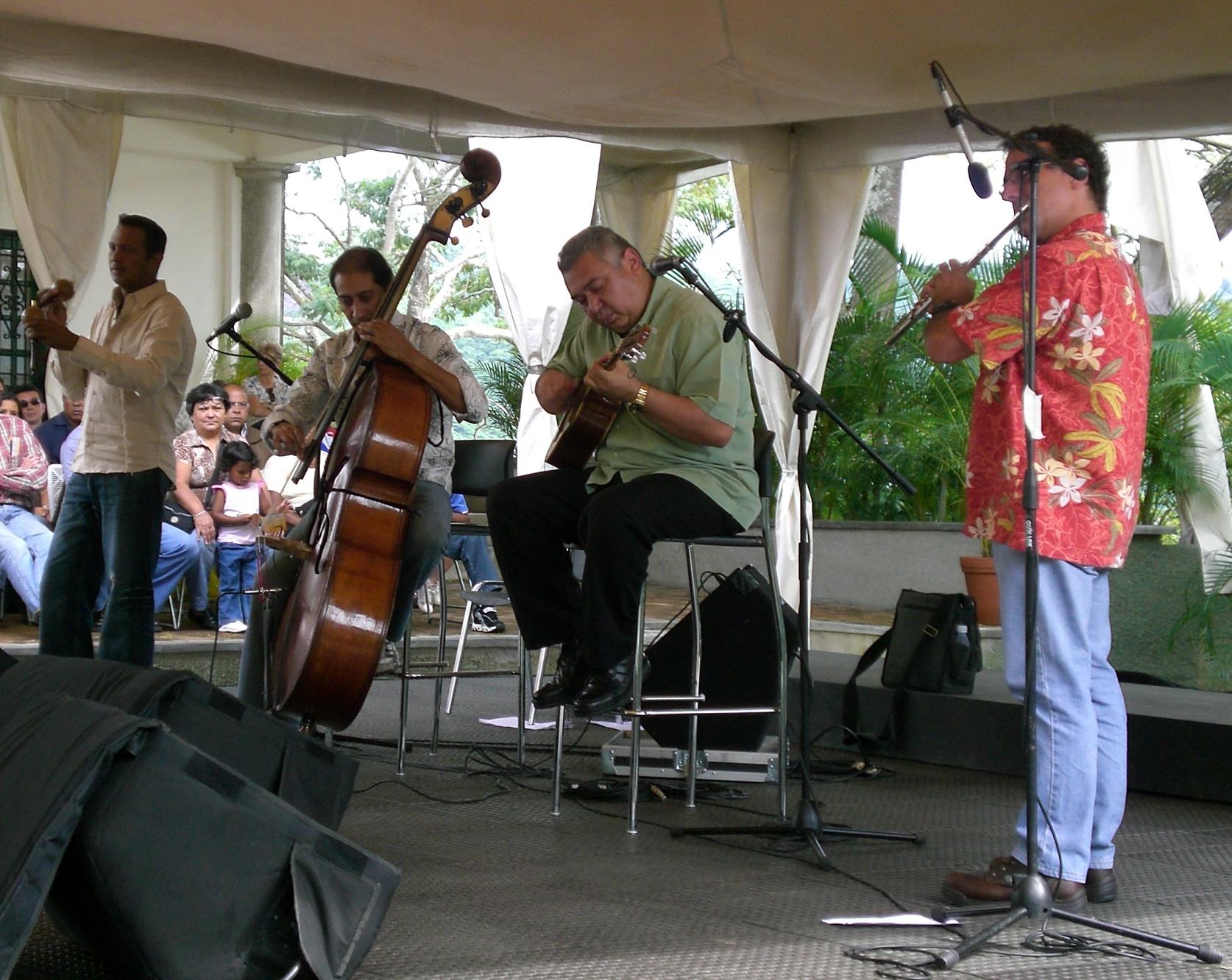 Ensamble Gurrufío. De izquierda a derecha: Juan Ernesto Laya, David Peña, Cheo Hurtado y Luis Julio Toro.