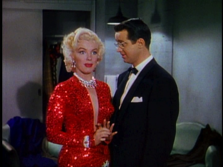 File:Gentlemen Prefer Blondes Movie Trailer Screenshot (20).jpg