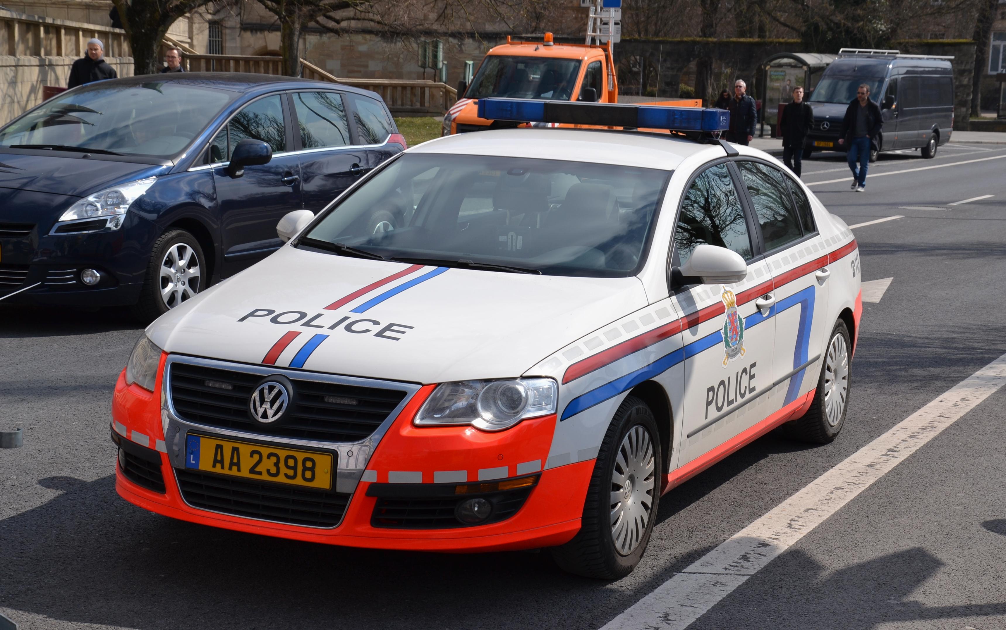 file grand ducal police car vw jpg wikimedia commons. Black Bedroom Furniture Sets. Home Design Ideas