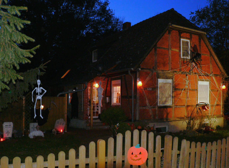halloween haus