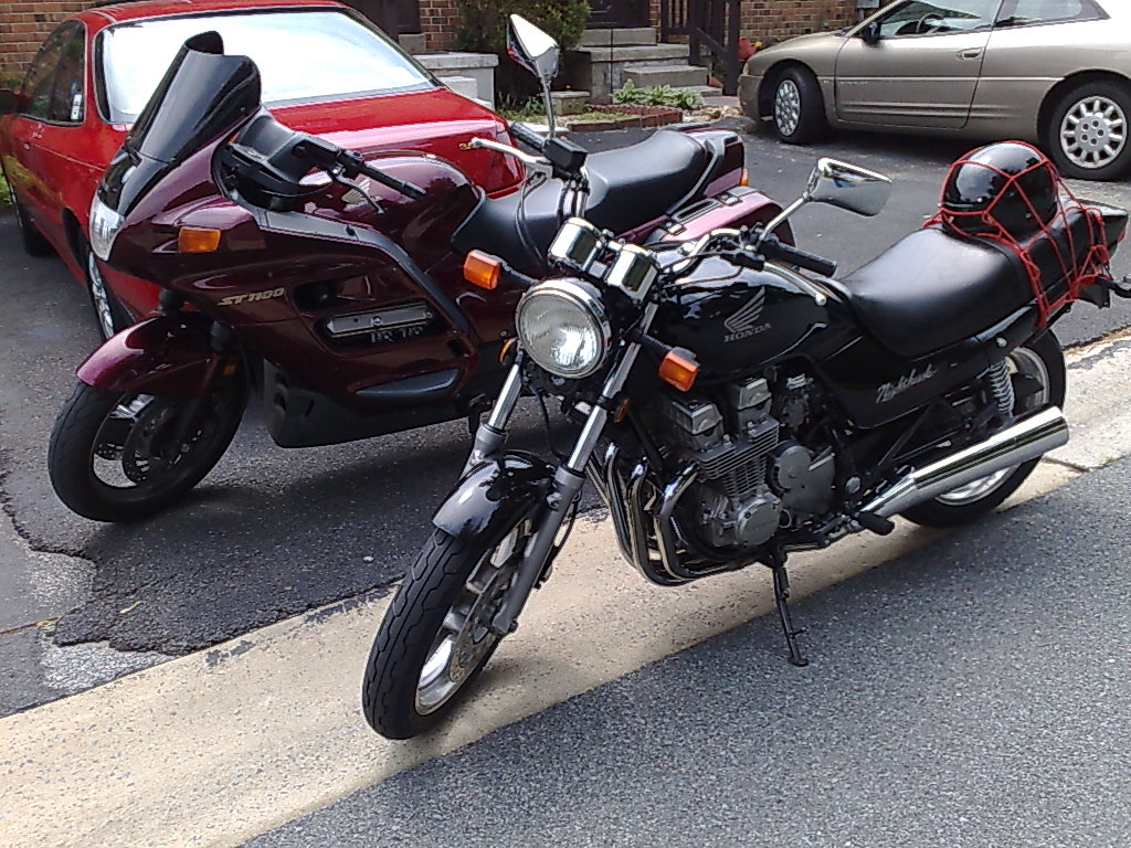 File:Honda CB750 NightHawk & ST1100 jpg - Wikimedia Commons