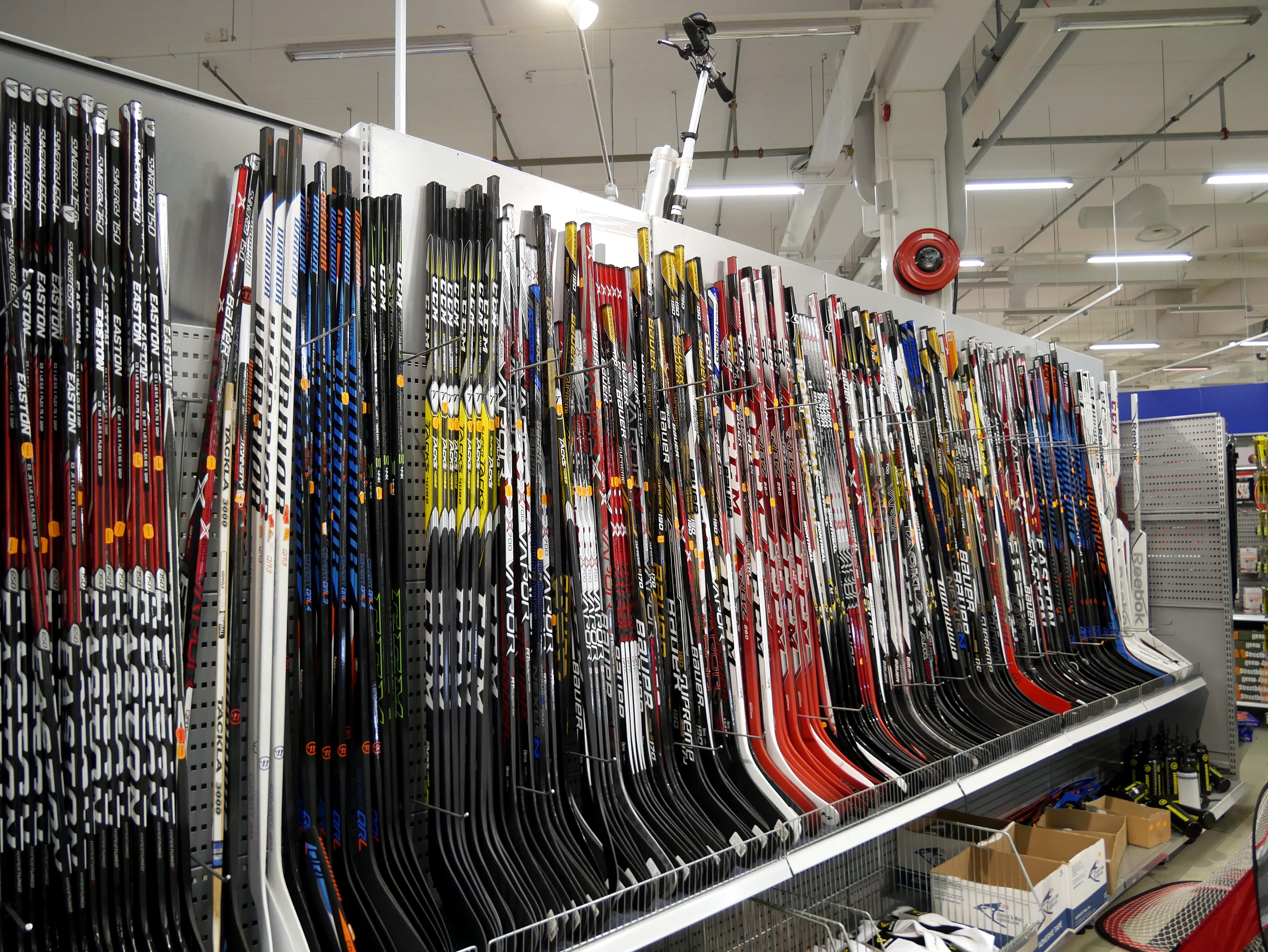 file ice hockey sticks in store 20170613 jpg wikimedia commons