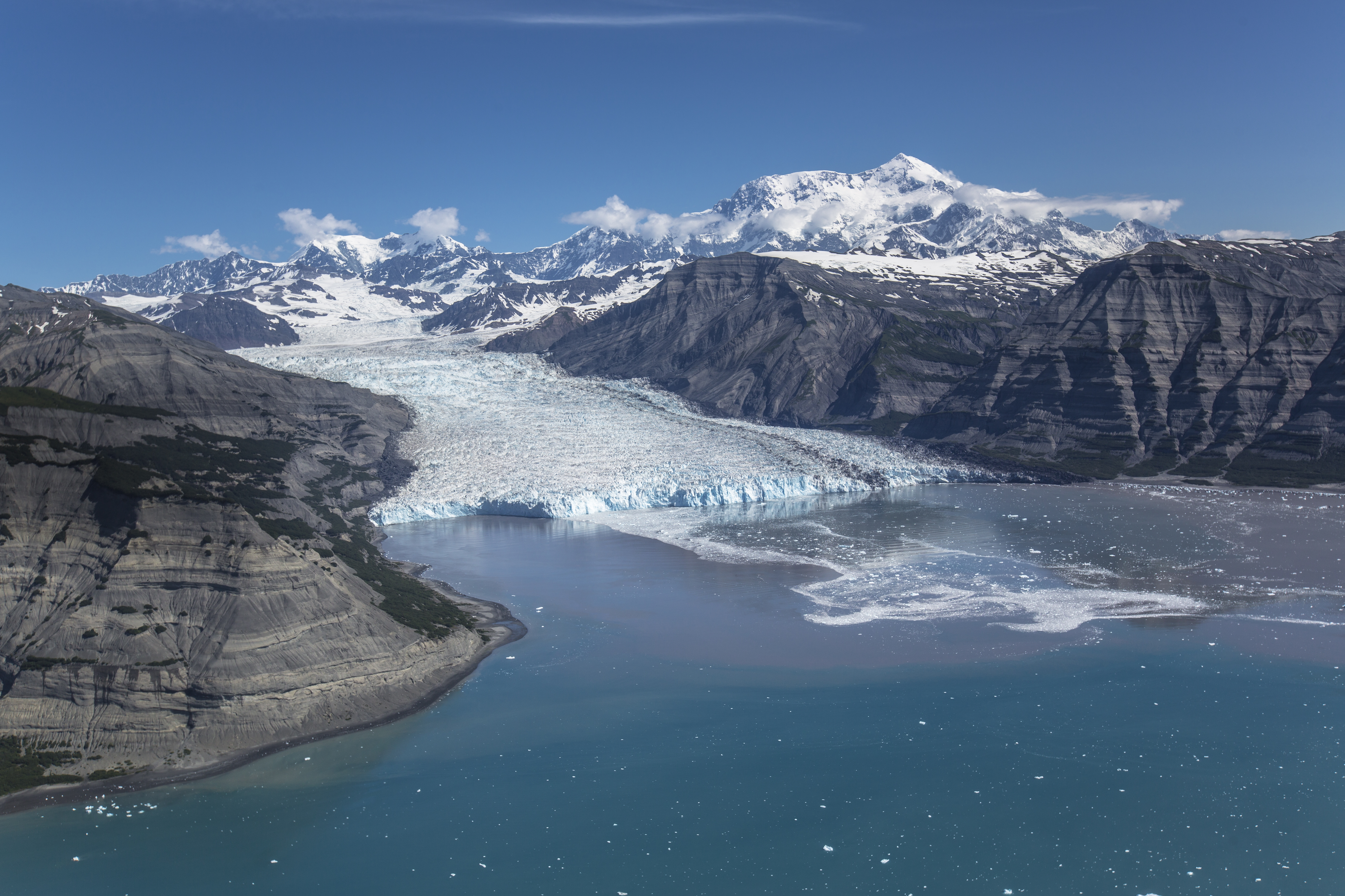 File:Icy Bay, Tyndall Glacier, and Mount St. Elias (2 ...