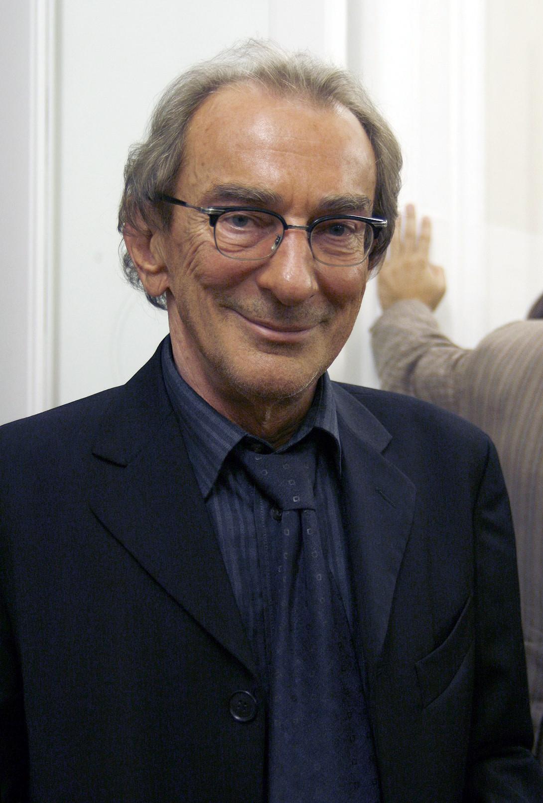 Ludwig Hirsch Größe