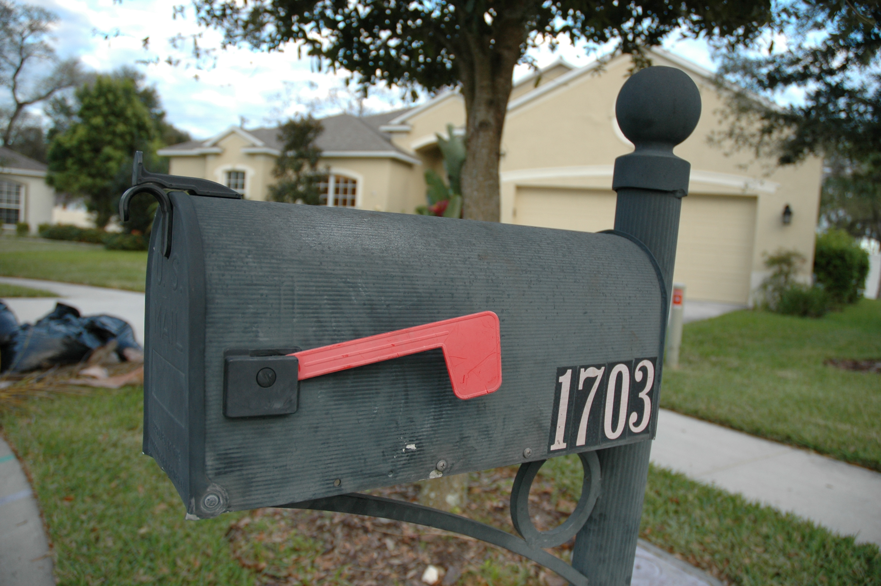 File:Mailbox USA.jpg - Wikimedia Commons