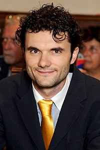 http://upload.wikimedia.org/wikipedia/commons/8/82/Matteo_Biffoni.jpg