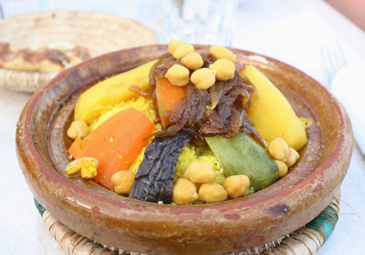 File moroccan cuisine couscous with for Cuisine marocaine