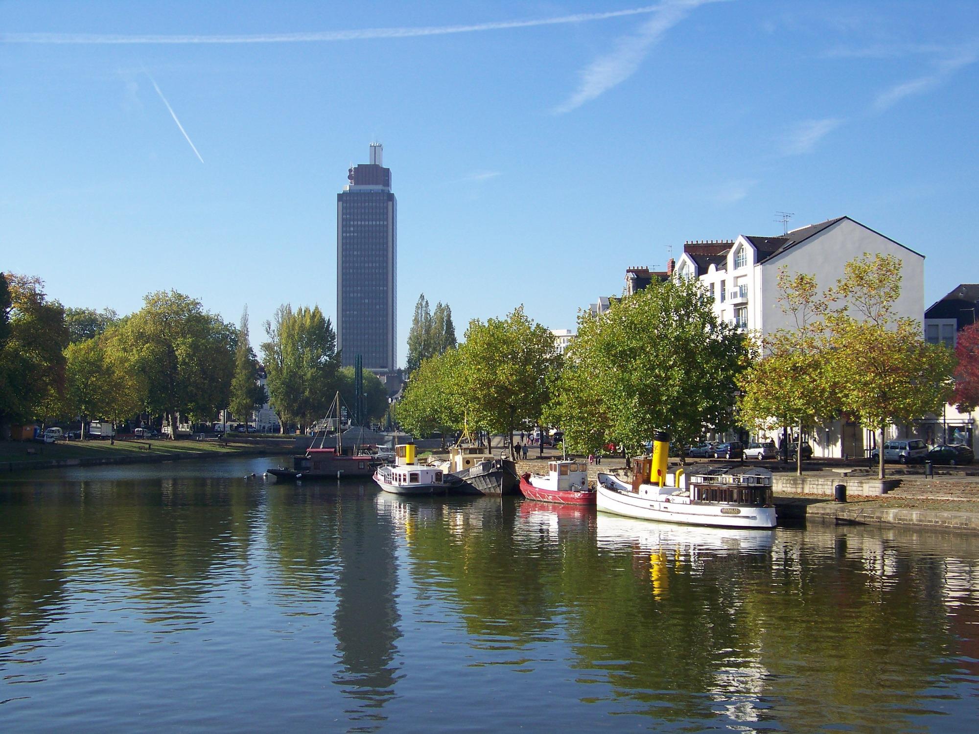 File nantes wikimedia commons for Bretagne piscine