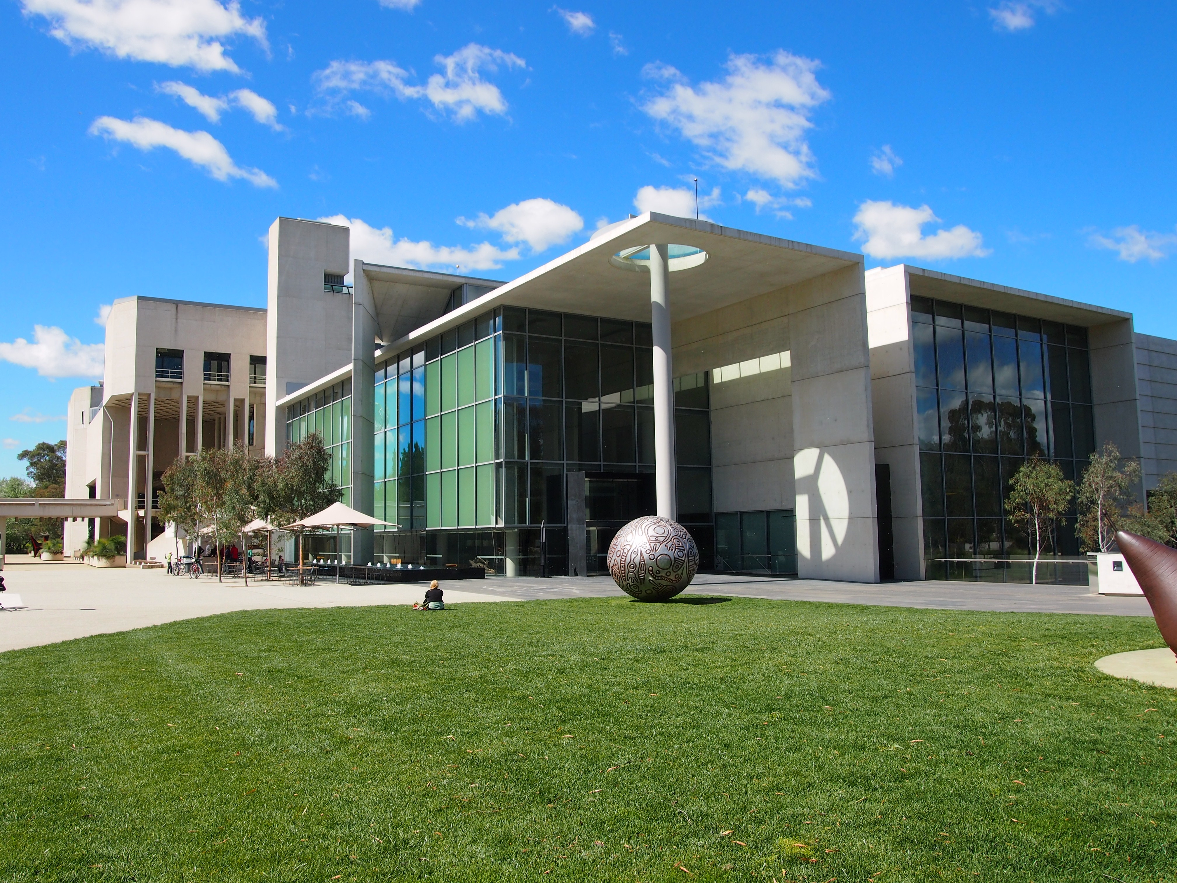 National gallery of australia wikiwand for New home designs canberra