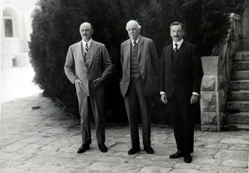 Слева направо: генерал Алленби, Ллойд Джордж и Герберт Самуэль в Иерусалиме
