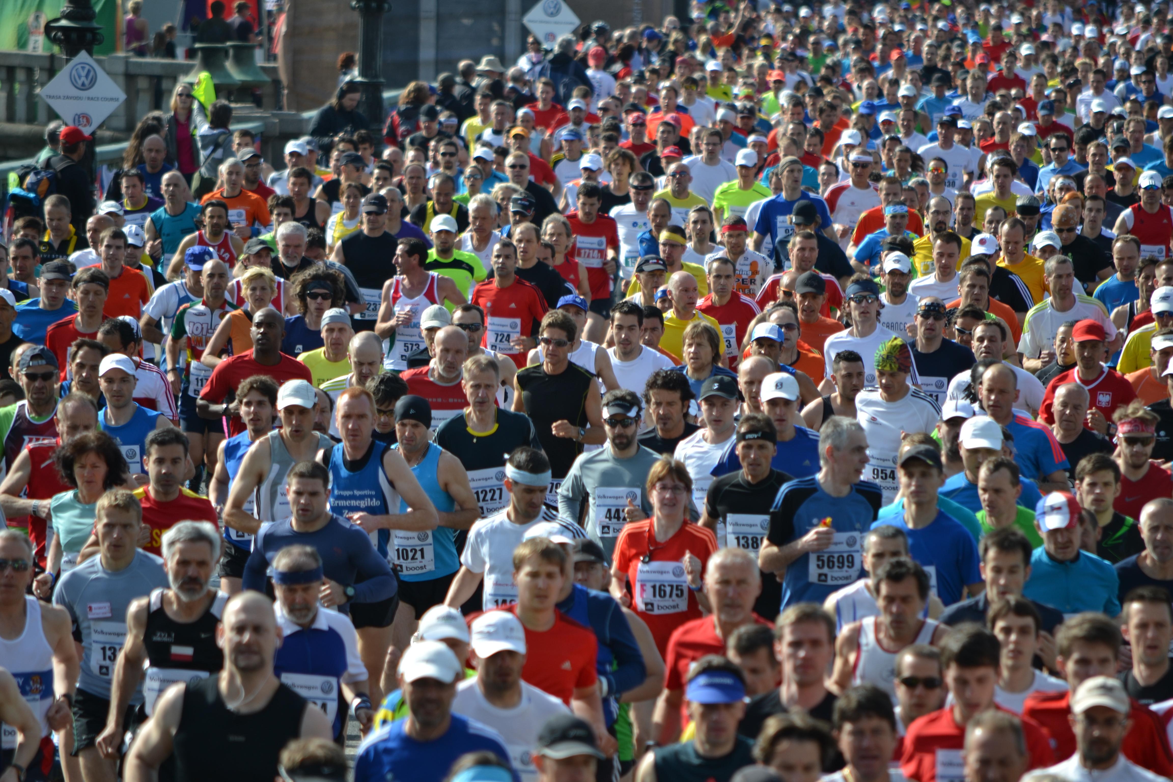 File:Prague Marathon 2013.JPG - Wikimedia Commons