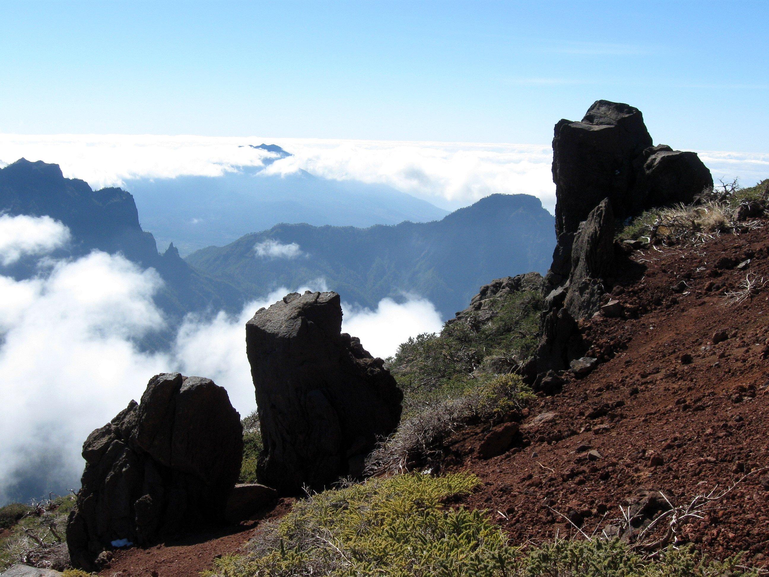 File:Roque de los Muchachos La Palma-5.jpg - Wikimedia Commons