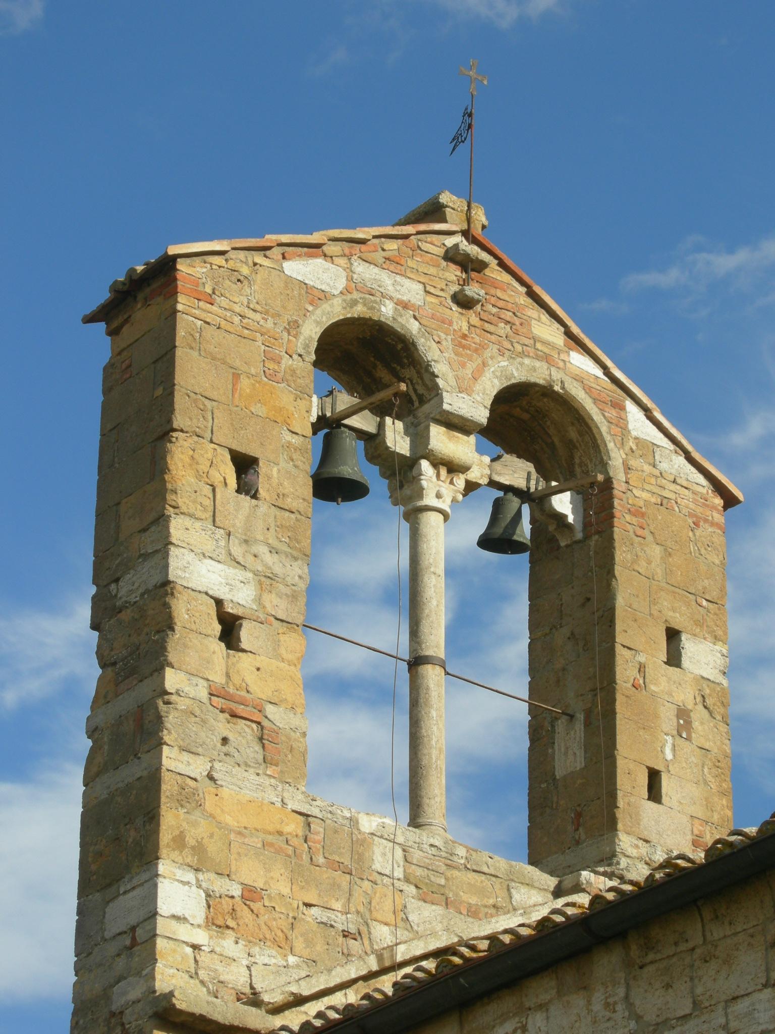 Campanile della chiesa Santa Maria Assuntai, San Quirico d'Orcia