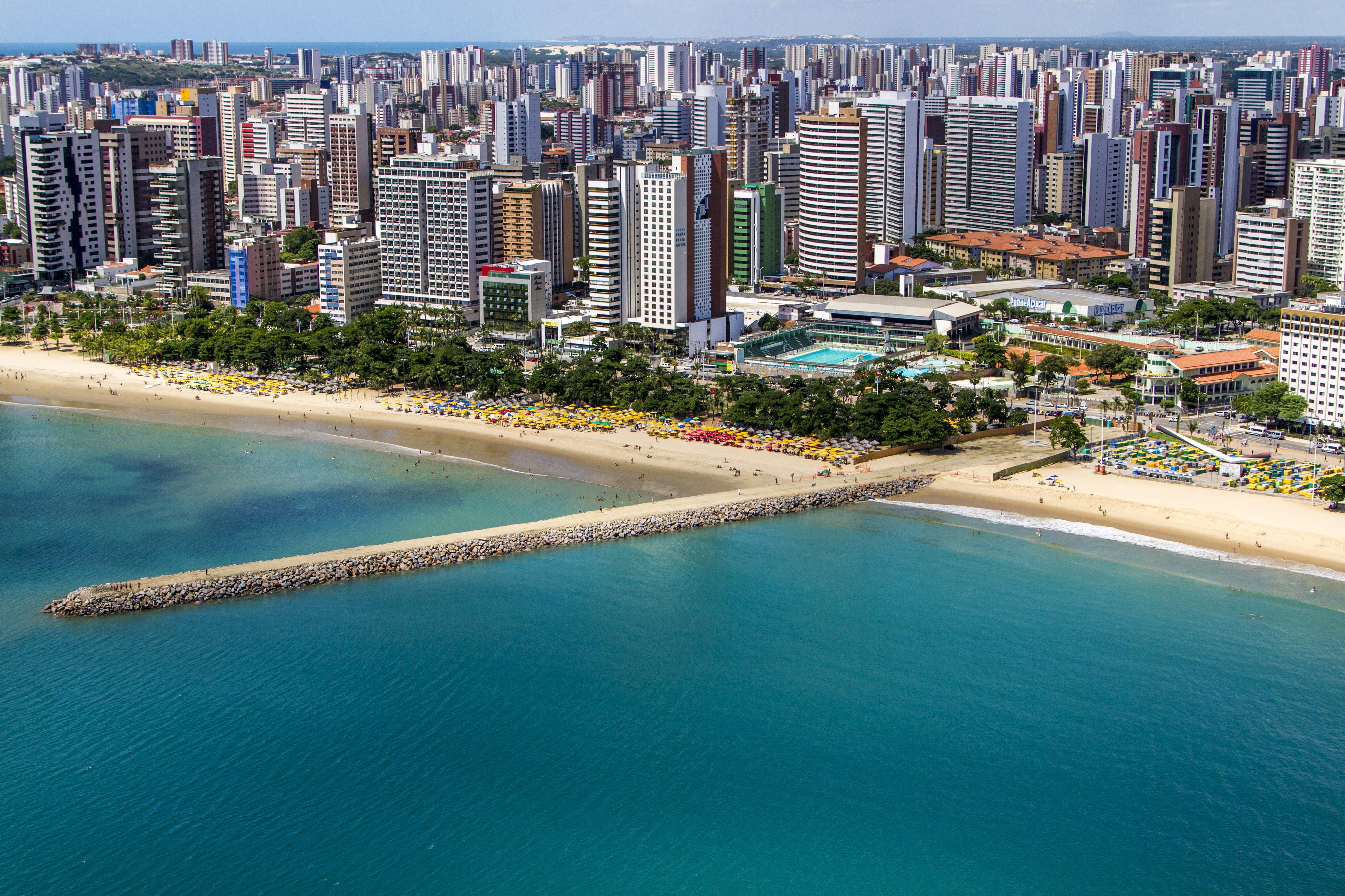 File:Seashore of Fortaleza (2).jpg - Wikimedia Commons