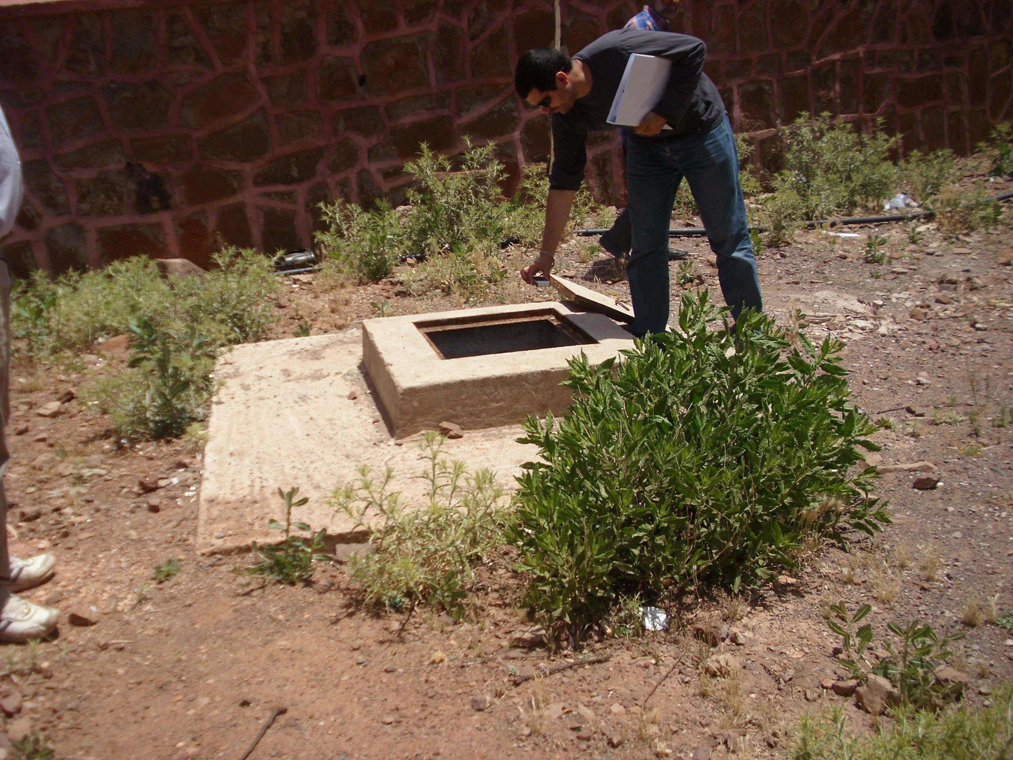 file septic tank fosse septique dans une cole au sud de marrakech maroc 13545911344 jpg. Black Bedroom Furniture Sets. Home Design Ideas