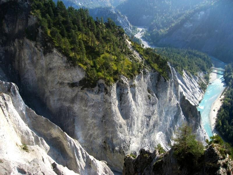File:Swiss Grand Canyon.jpg