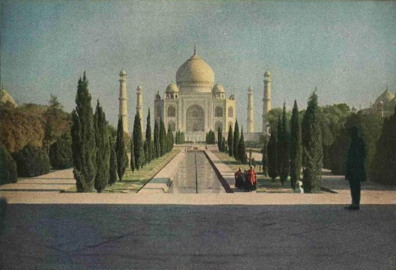 تاج محل  حكاية حب خالدة.. Taj_Mahal_1921.JPG