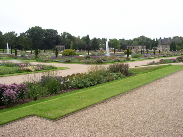 Trentham Gardens - geograph.org.uk - 1166840